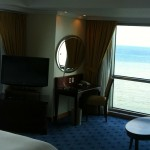 A room with a view, beautiful corner oceanfront